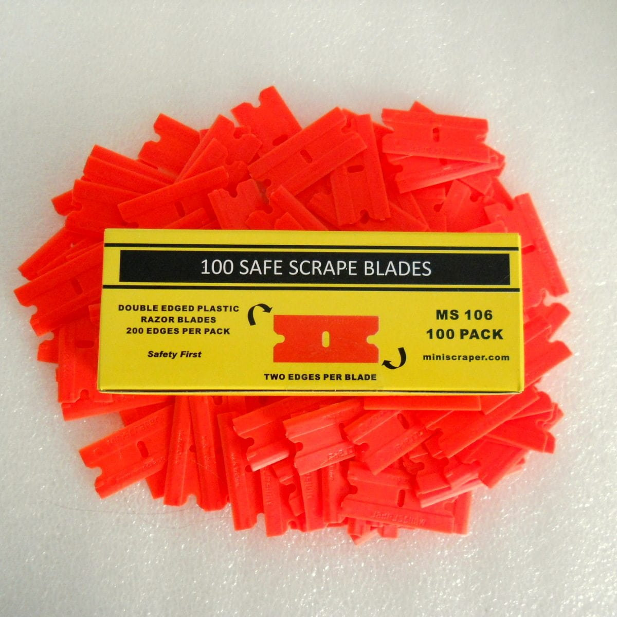 Polycarbonate Razor Blades